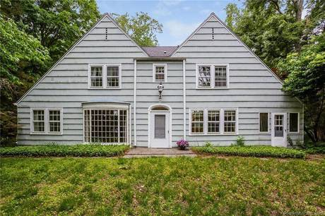 Single Family Home Sold in Wilton CT 06897. Old colonial house near waterfront with 2 car garage.