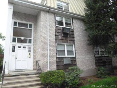 Foreclosure: Condo Home Sold in Bridgeport CT 06606. Ranch house near waterfront.