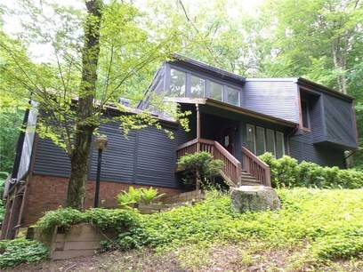 Foreclosure: Single Family Home Sold in Bethel CT 06801. Contemporary house near waterfront with 2 car garage.