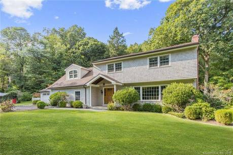 Single Family Home Sold in Stamford CT 06902. Colonial house near river side waterfront with 2 car garage.