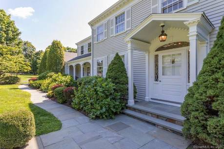 Single Family Home Sold in Fairfield CT 06824. Colonial house near beach side waterfront with swimming pool and 3 car garage.