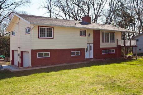 Single Family Home For Rent in Danbury CT 06811. Ranch house near waterfront with 2 car garage.