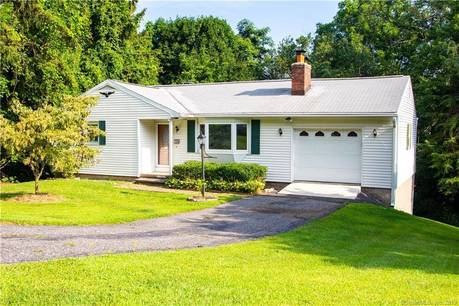 Single Family Home Sold in Danbury CT 06810. Ranch house near waterfront with 1 car garage.