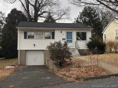 Foreclosure: Single Family Home Sold in Fairfield CT 06825. Ranch house near beach side waterfront with 1 car garage.
