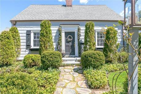 Single Family Home Sold in Stratford CT 06614. Old  cape cod house near beach side waterfront with 1 car garage.