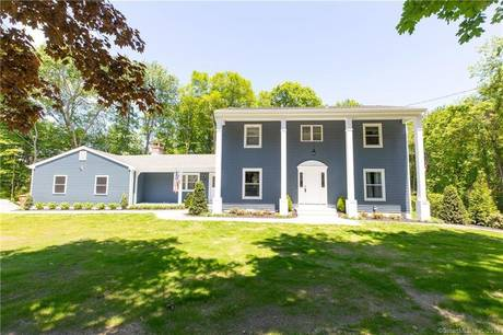 Single Family Home Sold in Shelton CT 06484. Colonial house near river side waterfront with swimming pool and 2 car garage.