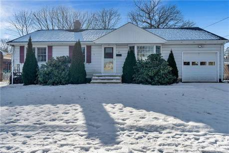 Single Family Home Sold in Stratford CT 06614. Ranch house near waterfront.
