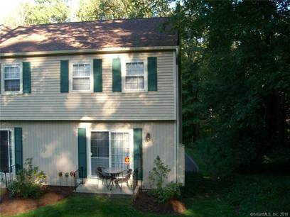 Condo Home Sold in Brookfield CT 06804.  townhouse near beach side waterfront with 1 car garage.
