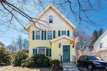 Single Family Home Sold in Stratford CT 06614. Old victorian, colonial house near beach side waterfront with swimming pool.