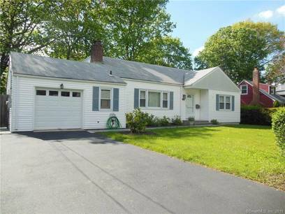 Single Family Home Sold in Stamford CT 06906.  cape cod house near beach side waterfront with 1 car garage.