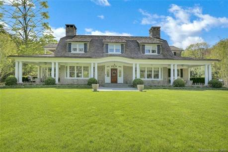 Luxury Single Family Home Sold in Ridgefield CT 06877. Colonial house near lake side waterfront with 3 car garage.
