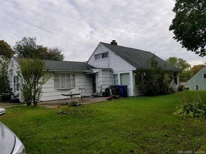 Single Family Home Sold in Bridgeport CT 06606. Ranch house near waterfront.