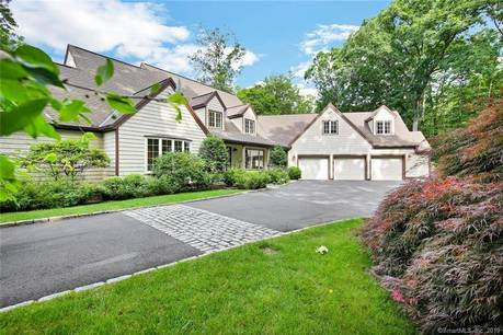 Foreclosure: Single Family Home Sold in New Canaan CT 06840.  cape cod house near waterfront with 3 car garage.