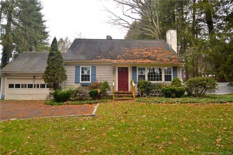 Foreclosure: Single Family Home Sold in Westport CT 06880.  cape cod house near waterfront with 2 car garage.
