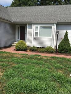 Condo Home For Sale in Shelton CT 06484. Ranch house near waterfront with swimming pool and 1 car garage.
