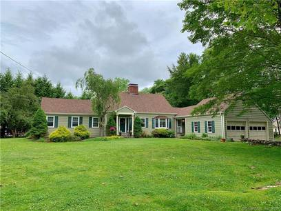 Single Family Home Sold in Shelton CT 06484.  cape cod house near waterfront with 2 car garage.