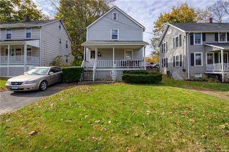 Single Family Home For Sale in Ridgefield CT 06877. Old colonial house near waterfront.