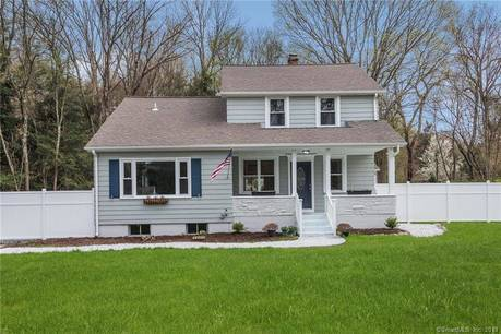 Single Family Home Sold in Monroe CT 06468. Old colonial farm house near waterfront.