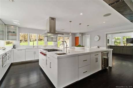 Single Family Home Sold in Redding CT 06896. Contemporary, colonial house near waterfront with 3 car garage.