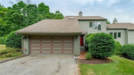 Condo Home Sold in Brookfield CT 06804.  townhouse near waterfront with swimming pool and 2 car garage.
