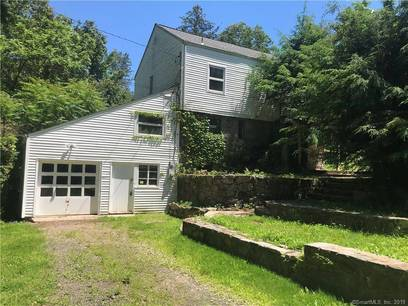 Foreclosure: Single Family Home Sold in Newtown CT 06482. Old colonial cottage house near waterfront with 1 car garage.