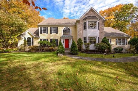Foreclosure: Mansion Sold in Ridgefield CT 06877. Big colonial house near waterfront with 3 car garage.
