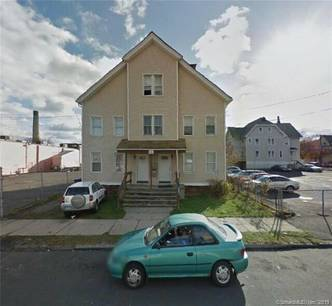 Multi Family Home For Rent in Bridgeport CT 06604.  house near waterfront.