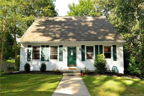 Single Family Home Sold in Stratford CT 06614. Colonial cape cod house near waterfront with 1 car garage.
