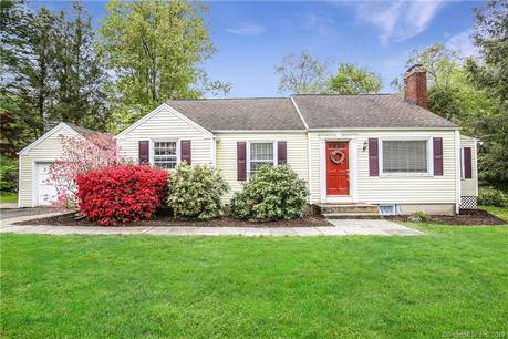 Single Family Home Sold in Brookfield CT 06804.  cape cod house near waterfront with 1 car garage.