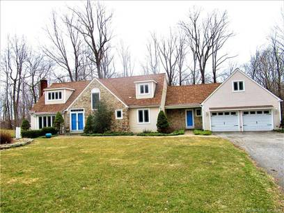 Single Family Home Sold in Danbury CT 06811. Colonial cape cod house near waterfront with 2 car garage.