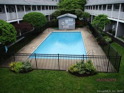 Foreclosure: Condo Home Sold in Norwalk CT 06851.  townhouse near waterfront with swimming pool.
