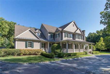 Mansion For Sale in Wilton CT 06897. Big colonial house near waterfront with swimming pool and 3 car garage.