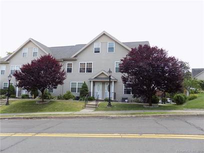 Condo Home Sold in Danbury CT 06810.  townhouse near waterfront with 2 car garage.