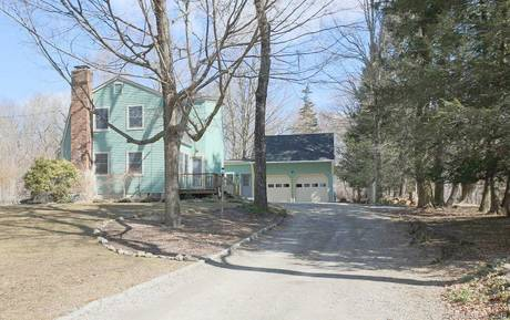 Single Family Home Sold in Redding CT 06896. Colonial farm house near waterfront with 2 car garage.