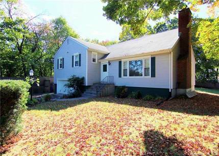 Single Family Home For Sale in Greenwich CT 06807.  house near beach side waterfront with swimming pool and 2 car garage.