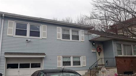 Single Family Home Sold in Danbury CT 06810.  house near waterfront with 1 car garage.