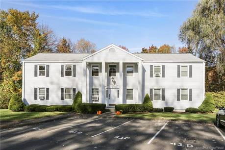 Condo Home Sold in Bethel CT 06801. Ranch house near waterfront.