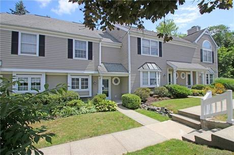 Condo Home Sold in Danbury CT 06811.  townhouse near lake side waterfront with 1 car garage.