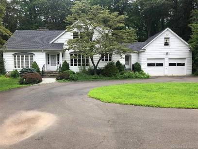 Single Family Home Sold in Shelton CT 06484. Colonial house near waterfront with 5 car garage.