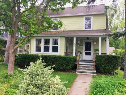 Single Family Home For Sale in Fairfield CT 06825. Old colonial, antique house near waterfront with 2 car garage.