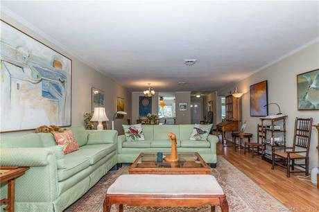Condo Home Sold in Norwalk CT 06854. Ranch house near beach side waterfront with swimming pool.