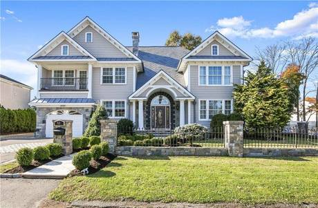 Single Family Home Sold in Stamford CT 06906. Colonial house near beach side waterfront with 1 car garage.