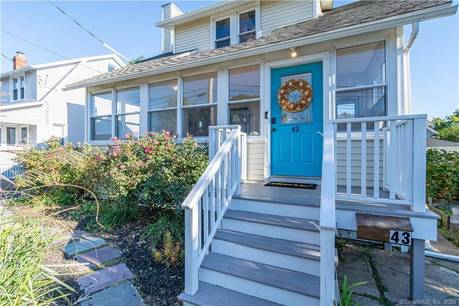Single Family Home Sold in Fairfield CT 06824. Old colonial house near waterfront.