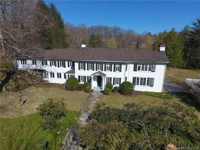 Foreclosure: Single Family Home For Sale in New Canaan CT 06840. Old colonial, antique house near river side waterfront with 5 car garage.