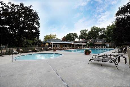 Condo Home Sold in Norwalk CT 06854. Ranch house near lake side waterfront with swimming pool.