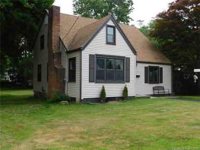 Single Family Home Sold in Stratford CT 06614.  cape cod house near beach side waterfront.