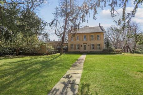 Single Family Home Sold in New Canaan CT 06840. Old colonial, antique house near waterfront with swimming pool and 3 car garage.