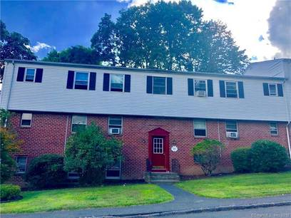Condo Home Sold in Danbury CT 06810.  house near waterfront with swimming pool.