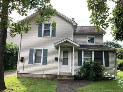 Single Family Home Sold in Norwalk CT 06851. Old colonial house near waterfront with 2 car garage.