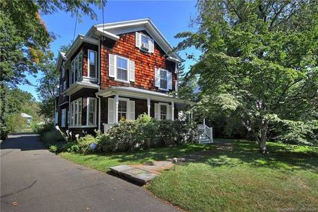 Single Family Home Sold in Fairfield CT 06825. Old victorian, antique house near waterfront.